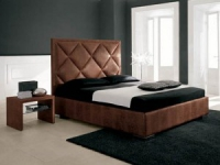 Легло в бордо с тапицирана табла