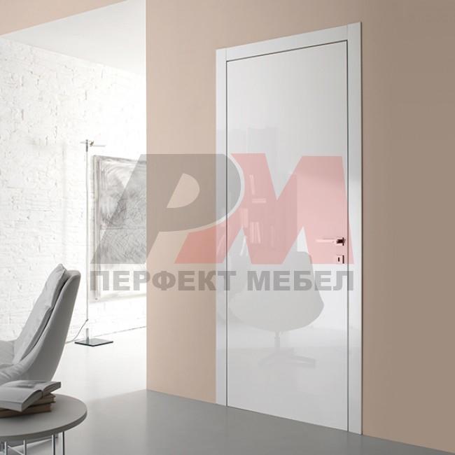 солидни  интериорни врати боя