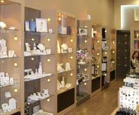 Интериор дизайн на магазини за козметика