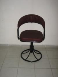 Въртящ се тапициран тръбен стол