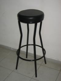 Черен тапициран стол без облегалка